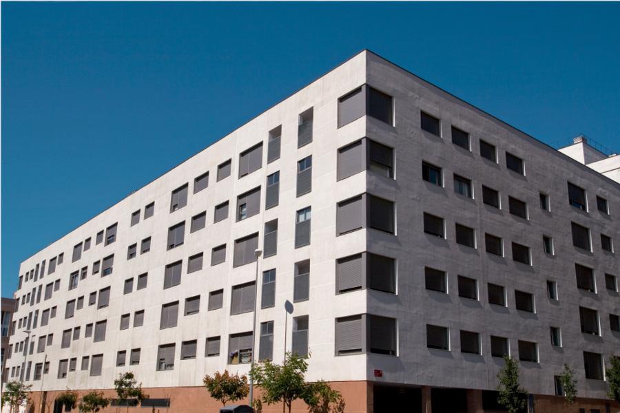 116 viviendas sociales en san sebastian de los reyes y le n